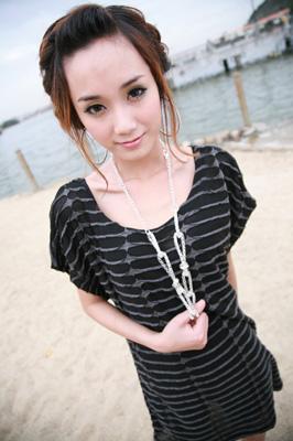 2010夏装-缤蔓-个性烧花长T