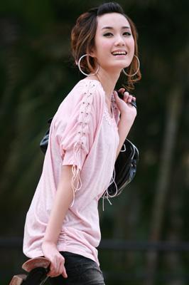 2010夏装-缤蔓-个性袖子抽绳针织上衣